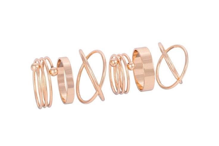 Set de anillos dorados de Bijou Brigitte